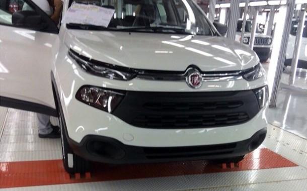 Fiat Toro, novas imagens sem disfarces